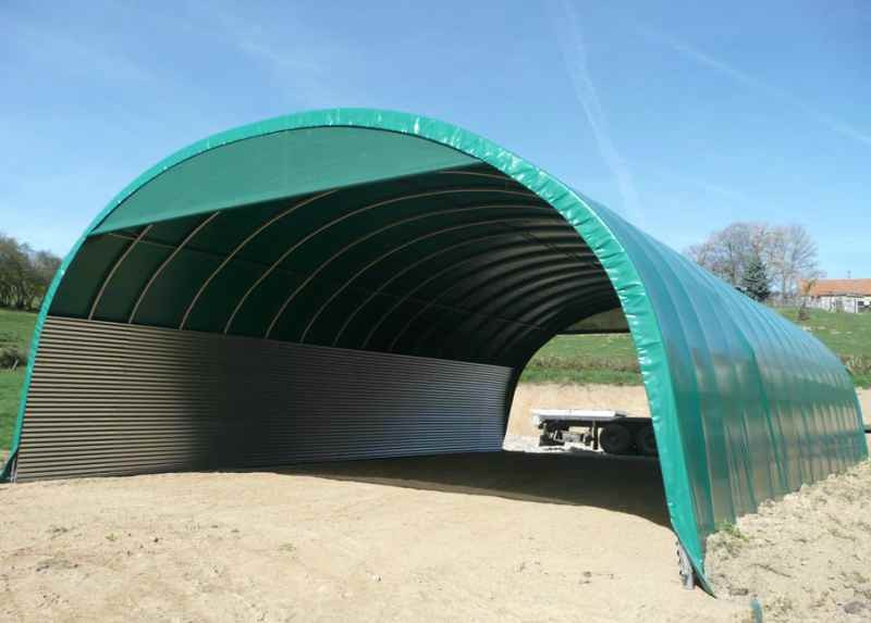 Hangar tunnel d 39 levage ovin hangar d 39 levage bovin prix for Abri tunnel agricole